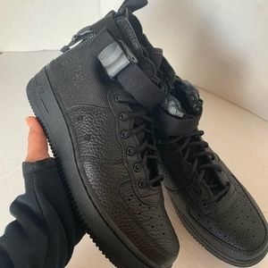 Nike Air Force1 SP Mid GS Size 6Y